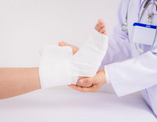 Comunicado de atención médica debido al COVID-19